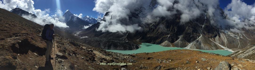 Ama Dablam! I missed you. Cholatse Tso (glacial lake) to our right.