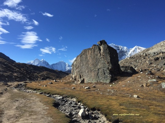 Giant rock between Pyramid and Lobuche