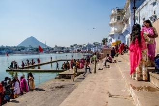 Bathing ghats in Pushkar.