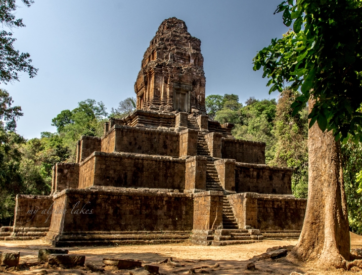 One of many beautiful structures scattered in Siem Reap.
