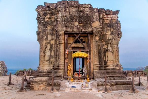 Top of Bakheng temple at sunrise