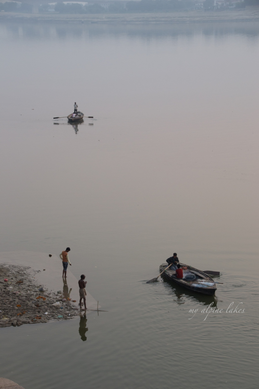 life on the Ganges.