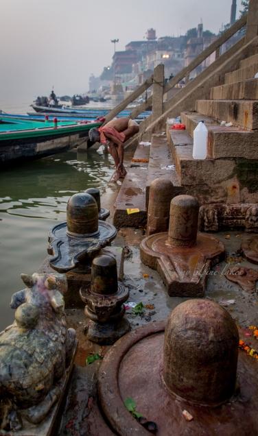 Many many Shiva Lingam here.